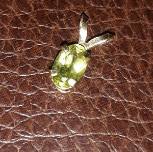 14k yellow gold with perlite lime green real gem
